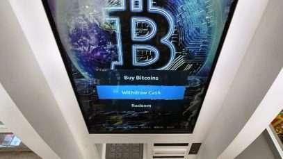 Bitcoin franchit une nouvelle fois la barre des 50 000 $ levée par PayPal