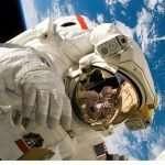 Une étude en bassin d'immersion pour examiner l'impact des voyages spatiaux sur le corps féminin